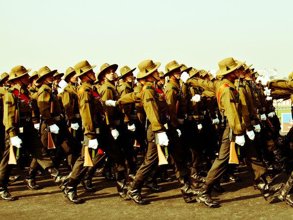 Defence Sec to visit Delhi on Oct 30