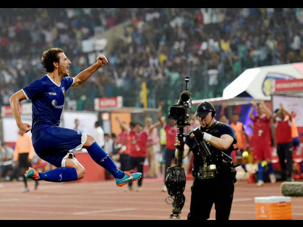 Elano Blumer celebrating a goal during ISL