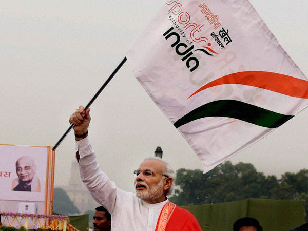 Prime Minister Narendra Modi flags off the 'Run for Unity'
