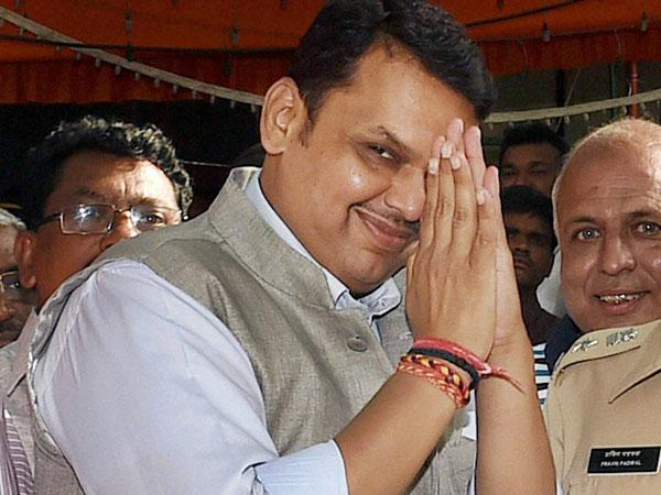 After Gadkari, CM Fadnavis accused of riding without helmet