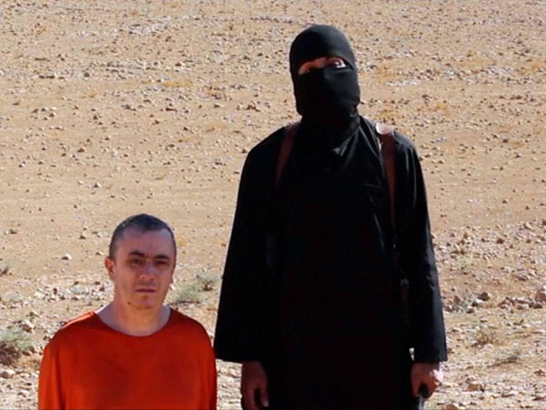 IS beheads British hostage in video