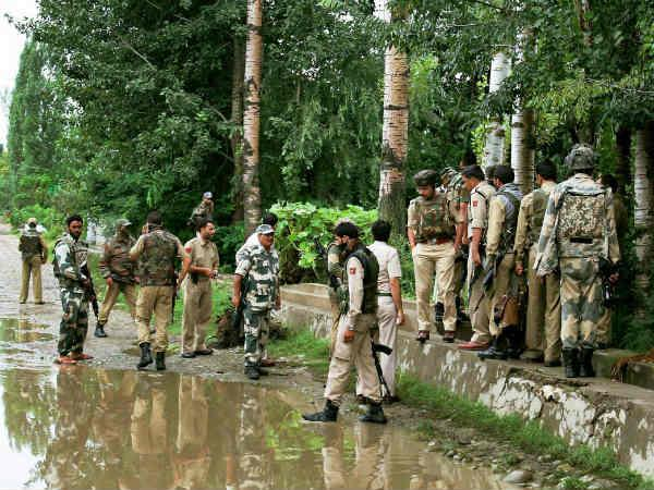 BSF recovers heroin on border