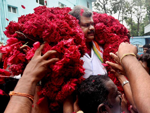 Vasan quits Cong, to float his own party