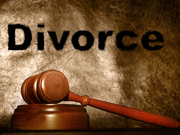Wife-swapping, death and divorce: B'luru counsellors rack their brains trying to solve a murky case
