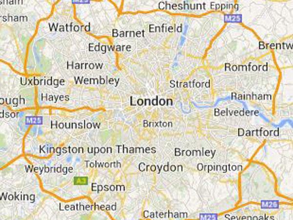 London: British-Iranian woman on strike