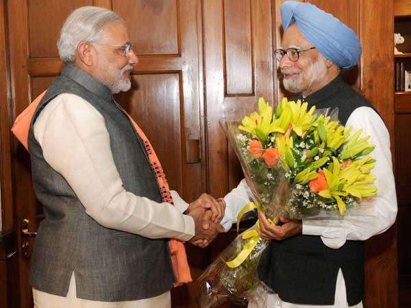 Modi congratulates Manmohan for receiving top Japan award