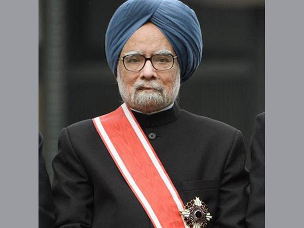 Japan: Modi congratulates MMS for award