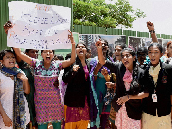 B'luru school rape issue turns murkier; more news updates of Nov 7