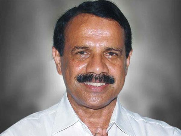 Will Sadananda Gowda lose railway ministry?