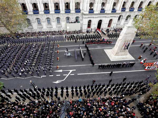 London remembers members of armed forces