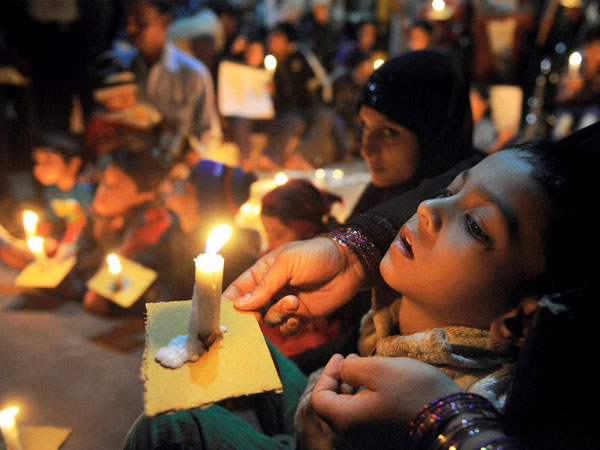 Bhopal gas victims begin indefinite fast