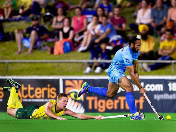 Indian captain Sardar Singh in action during the 4th match against Australia in Perth hockey stadium, Perth Western Australia, on Sunday.