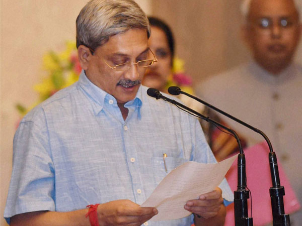 Will focus on defence projects: Parrikar