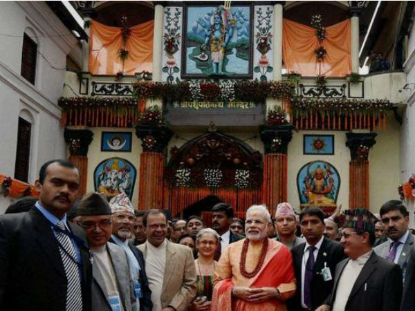 PM Modi during his visit to Pashupatinath temple