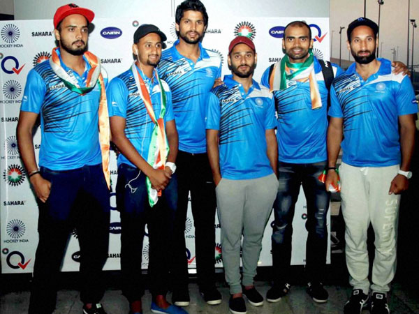 Indian hockey team members on their arrival
