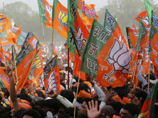 'Barber Cell' to woo voters for BJP in Delhi.