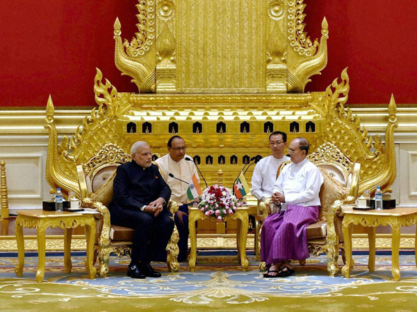 PM Modi meets Myanmar Prez Thein Sein