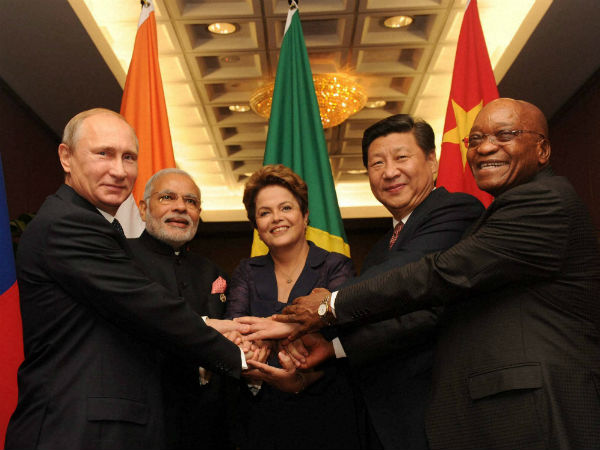 Prime Minister Narendra Modi with Russian President Vladimir Putin, Brazilian President Dilma Rousseff Chinese President Xi Jinping and South African President Jacob Zuma at an informal.