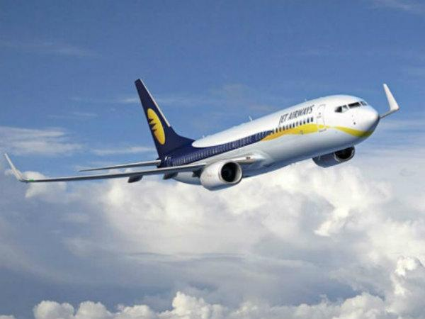 Obsesion for 'selfie' lands Jet Airways pilot in trouble.