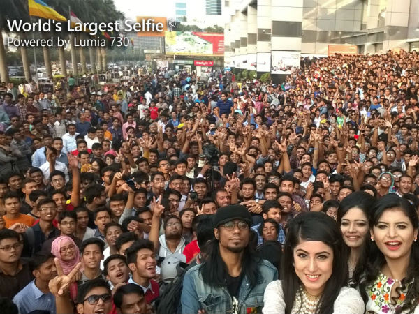 World's largest selfie clicked in B'desh. (Image: Facebook page of Microsoft Lumia Bangladesh)
