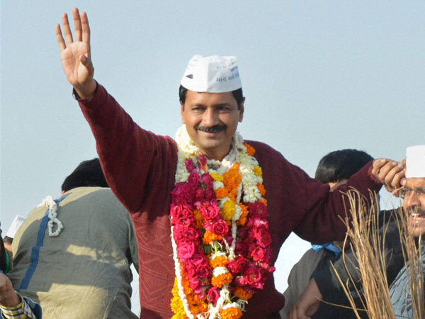 Kejriwal to be felicitated in Dubai