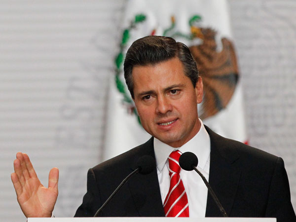 Mexico's prez visits violence-torn state
