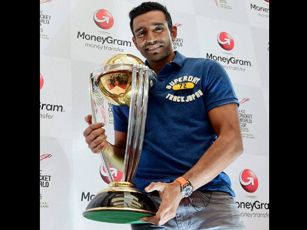 Robin Uthappa with a replica of ICC World Cup 2015 trophy in Bengaluru on Thursday.
