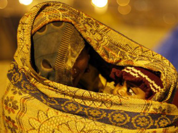 NGOs helping Agra's homeless in winter