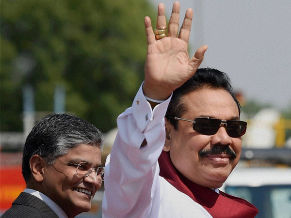 Rajapaksa offers prayers at Tirupati