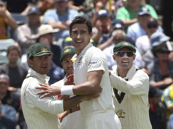 Mitchell Starc (centre) is set to return to Test cricket