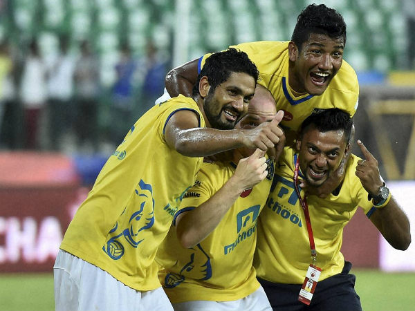 Kerala players rejoice after winning their semi-final against Chennaiyin
