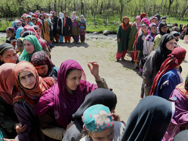 Voting for final phase ends peacefully in Kashmir, over 65 per cent turnout