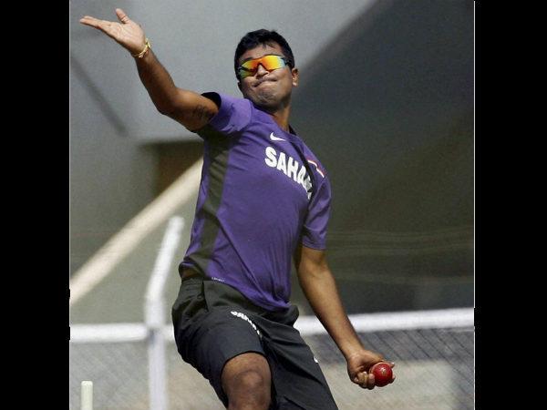 Left-arm spinner Pragyan Ojha banned from bowling