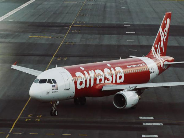 AirAsia plane search: Objects spotted in Indonesian waters