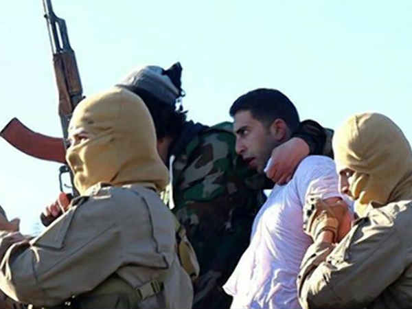 On Twitter, ISIS asks how to kill captured Jordanian pilot?