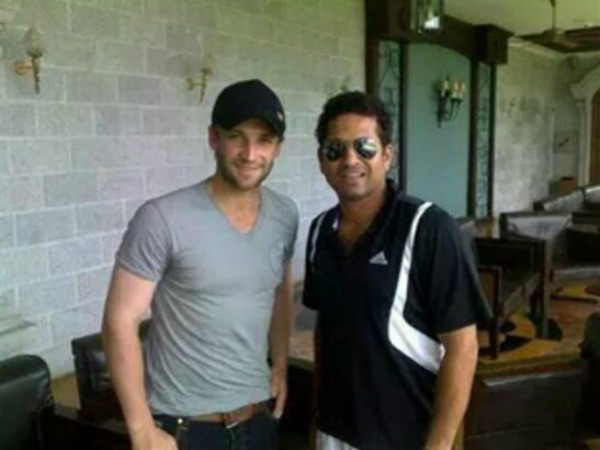 Sachin tweeted his picture with Hughes