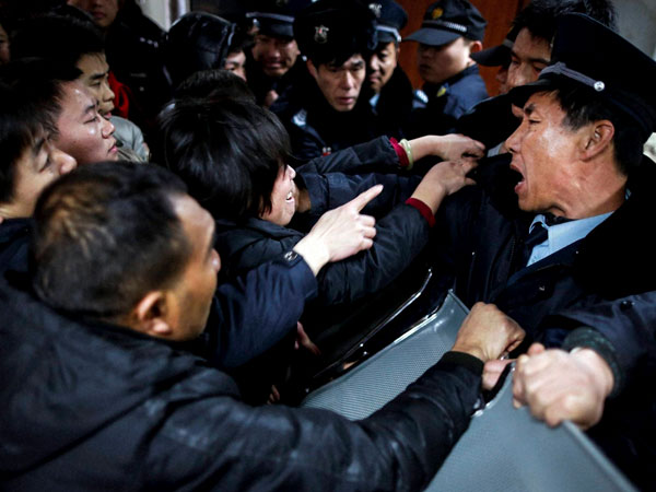 China New Year stampede kills 35 in Shanghai