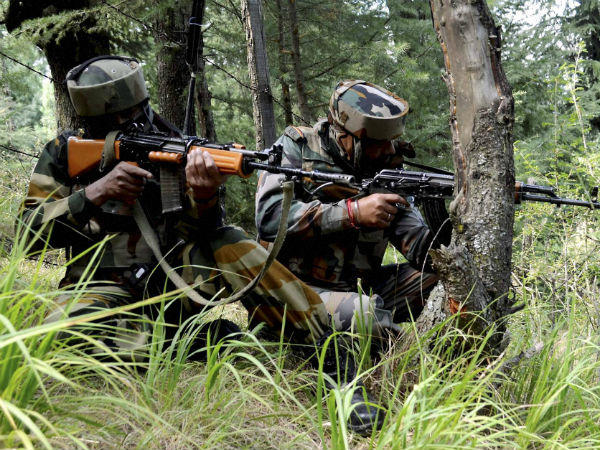 Fear returns to Indo-Pak border amid heavy mortar shelling.