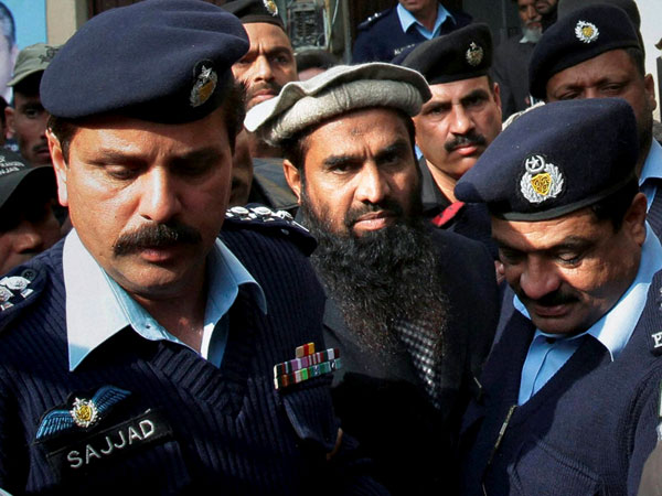 The Pakistan government today challenged LeT operations commander Zaki-ur-Rehman Lakhvi's bail in the Islamabad High Court.