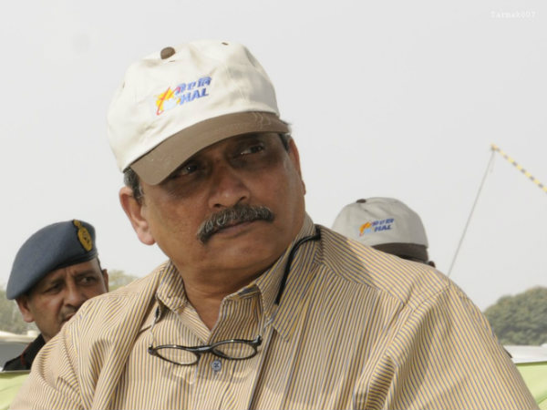 OneIndia Exclusive: My job is to clear all hurdles for forces, says Manohar Parrikar