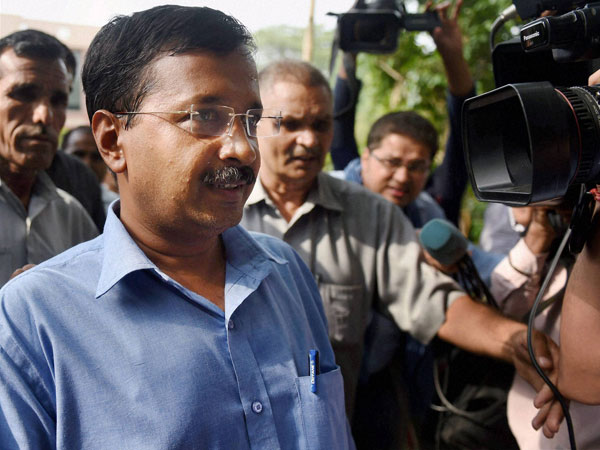 Cong releases book on Kejriwal's U-turns