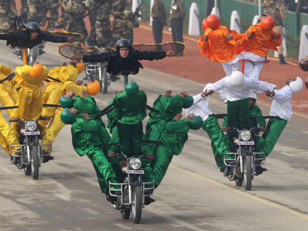 R-Day:Obama likes BSF's daredevil stunts
