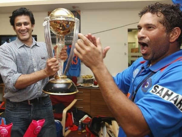 Kumble (left) and Sachin Tendulkar with 2011 World Cup trophy. Kumble, like Ganguly and Dravid failed to win WC