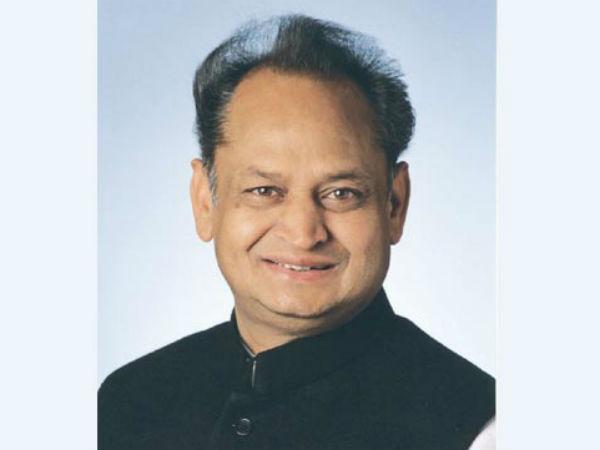 Former Rajasthan CM Ashok Gehlot tests positive for swine flu