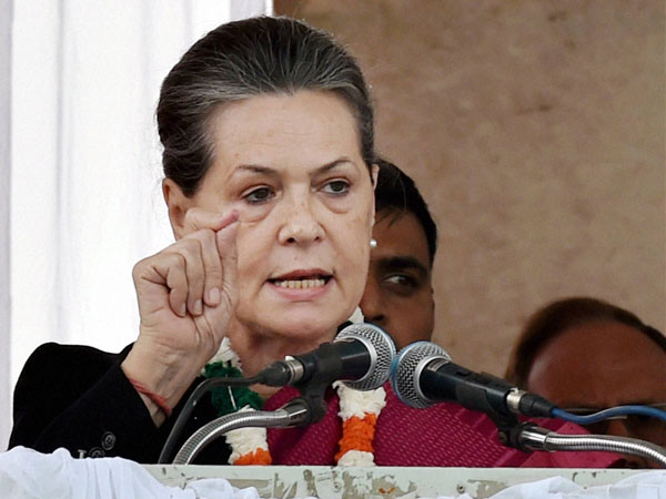 Delhi Poll: Sonia reveals Cong's plan