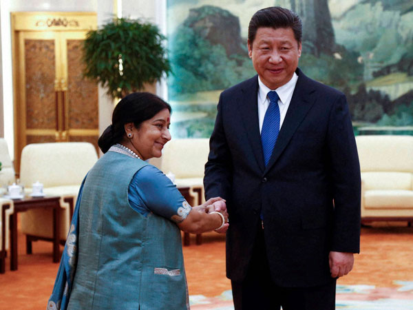 Sushma meets Chinese president
