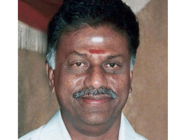 Panneerselvam hits out at Karunanidhi