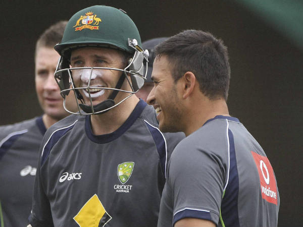 Will Hussey (centre) join South Africa as consultant?