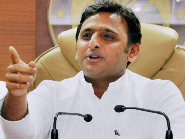 Akhilesh makes veiled attack on BJP