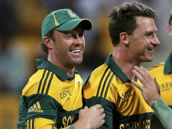File photo: Steyn (right) with AB de Villiers